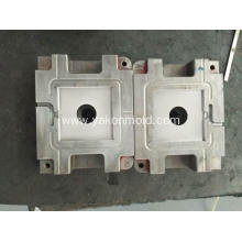 Auto mold plastic injection mold